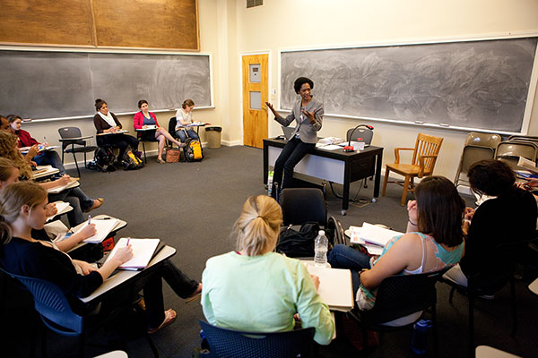 Using case study teaching strategy