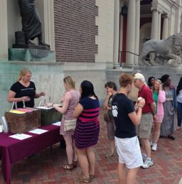 Visitors eating gelato by the Art Museum