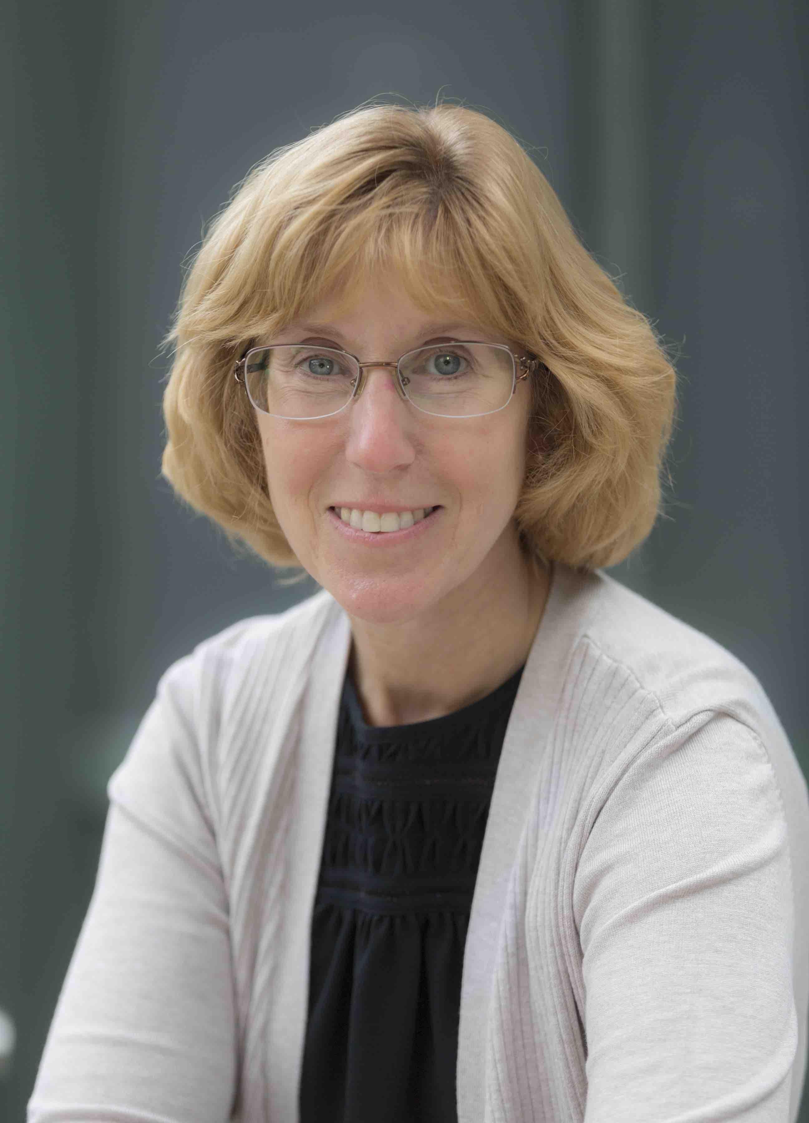 Lynne Yanders